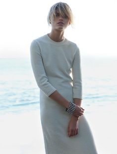 fashion editorials, shows, campaigns & more!: close knit: louise mikkelsen by stephen ward for elle australia february 2015 Mode Editorials, Fashion Editorials, Editorial Fashion, Fashion Trends, Models, Minimal Fashion, Minimal Chic, Her Style, Celine