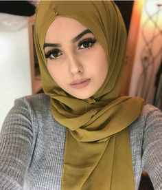 Hijabi Girl, Girl Hijab, Hijab Outfit, Hijab Style Tutorial, Abaya Fashion, Women's Fashion, Muslim Women Fashion, Muslim Beauty, Hijab Chic