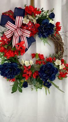 Wreaths For Front Door, Door Wreaths, Rustic Wreaths, Grapevine Wreath, Burlap Wreath, Christmas Bows, Christmas Tree Toppers, Summer Wreath, Spring Wreaths