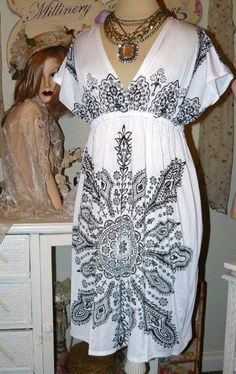NEW $65 CELEB GLAM Slinky Black White PAISLEY DRESS L #AnotherfabulousconfectionfromSweetsuzie