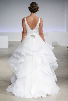 This Season's Bridal Fashion Week Schooled Us On How To Rock Wedding Day Ruffles | Loverly Planning