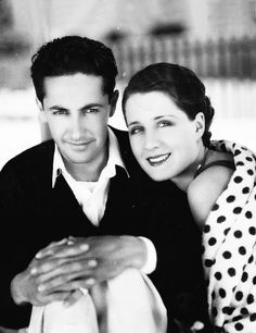 Norma Shearer and Irving Thalberg Old Hollywood Glamour, Golden Age Of Hollywood, Vintage Hollywood, Hollywood Stars, Classic Hollywood, Hollywood Couples, Hollywood Party, Hollywood Icons, Popular Actresses