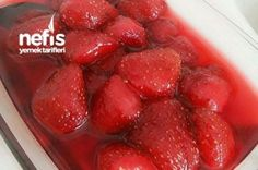 Strawberry jam cooking in the jump – yummy recipes - Nutella 2019 Nutella Recipes, Jam Recipes, Fruit Recipes, Yummy Recipes, Bread Recipes, Cooking Recipes, Cooking Jam, Drink Recipes, Icebox Cake Recipes