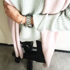 Mint Pink Leather ❄️ #ootd #itssnowing #outfit #thepastelproject #fashion #fashionblogger #frenchblogger #pastel #mint #pink #leather #zara #instafashion #instamood #love #style #stylesubmit #watch #nixon #bananarepublic #beautiful #fromwhereistand