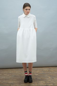 Oversized Midi Smock Dress with Collar Ivory http://www.thewhitepepper.com/collections/dresses/products/oversized-midi-smock-dress-with-collar-ivory