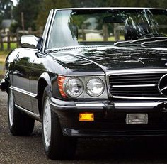 Mercedes Benz 560SL Roadster