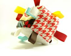 Newborn Toy Soft Baby Block Taggies Rattle Red Houndstooth Brown Zebra Stripe Gold Aqua Tan