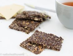 Lijnzaadcrackers – Nadia's Healthy World Keto, Low Carb, Healthy Recipes, Desserts, Food, Challenge, Healthy Foods, Food Food, Few Ingredients