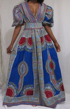 African print dresses can be styled in a plethora of ways. Ankara, Kente, & Dashiki are well known prints. See over 50 of the best African print dresses. African Dresses For Women, African Print Dresses, African Attire, African Fashion Dresses, African Wear, Nigerian Fashion, Ghanaian Fashion, African Prints, African Style