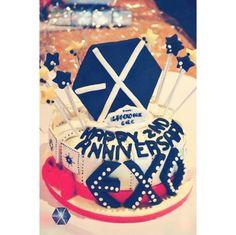 exo baekhyun birthday cake  Baekhyun  Pinterest  Birthday Cakes ...