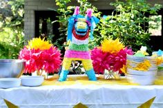 """Great table decor for Cinco de Mayo or fiesta anytime party Aesthetic Nest: Party: """"Fiesta Forty"""" Birthday Party Forty Birthday, 40th Birthday Parties, Birthday Ideas, Birthday Games, Mexican Fiesta Party, Fiesta Decorations, Table Decorations, Party Time, Party Party"""