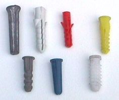 Differences between various wall anchors and when/how to use them