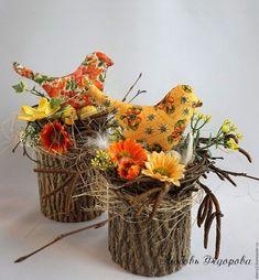 Handmade Home Decor Bird Crafts, Diy And Crafts, Spring Crafts, Holiday Crafts, Diy Osterschmuck, Easter Egg Crafts, Diy Ostern, Newspaper Crafts, Diy Easter Decorations