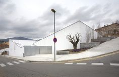 Sauquet Arquitectes | Centro de Salud de Sentmenat