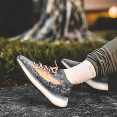 Fashion Yeezy Boost 350 380 500 700 running shoes. Sneakers 2020 autumn and winter trends. Nike Fashion, Streetwear Fashion, Sneakers Fashion, Trendy Shoes, Casual Shoes, Discount Sneakers, Adidas Sneakers, Shoes Sneakers, Winter Trends
