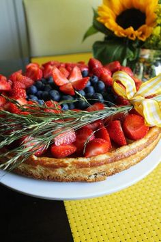 Waffles, Strawberry, Cupcakes, Fruit, Breakfast, Food, Morning Coffee, Cupcake Cakes, Essen