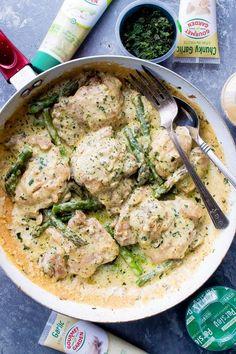 Creamy Garlic Basil Chicken with Asparagus