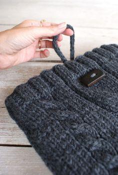 sweater laptop sleeve.