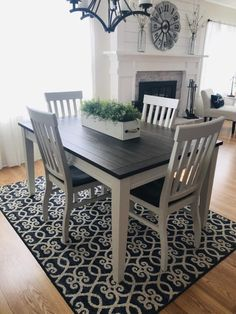 Refurbished Kitchen Tables, Painted Dining Room Table, Dinning Room Tables, Refinishing Kitchen Tables, Black Dining Room Table, Dining Rooms, Farmhouse Dining Room Table, Farmhouse Style Kitchen, White Farmhouse Table