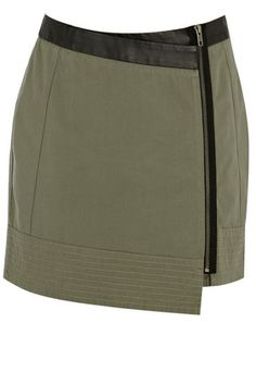 Cargo and Leather wrap skirt with zipper Fall Skirts, Short Skirts, Mini Skirts, Le Catch, Closet Vanity, Asos Skirts, Green Wrap, Autumn Winter Fashion, Winter Style