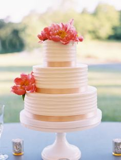 Coral charm peony topped cake: http://www.stylemepretty.com/2016/04/22/now-this-is-how-you-get-married-at-home/ | Photography: Abby Jiu - http://www.abbyjiu.com/