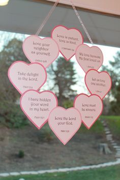 Romantic Decoration Ideas for Valentine's Day – For Creative Juice Valentine's Day Scripture wreath. A Christian craft to decorate your home on Valentine's Day! Homemade Valentines, Valentines Day Party, Valentines Day Decorations, Valentine Day Crafts, Holiday Crafts, Heart Decorations, Valentinstag Party, Sunday School Lessons, Sunday School Crafts