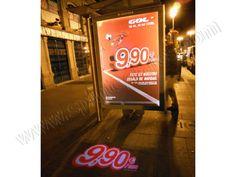 Mobiliario Urbano Espectacular   SP Integrales Proyección luminosa de GolT para publicidad en mobiliario urbano