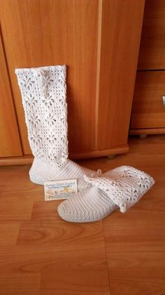 Floor Chair, Flooring, Furniture, Shoes, Home Decor, Crochet Boots, Zapatos, Tejidos, Decoration Home