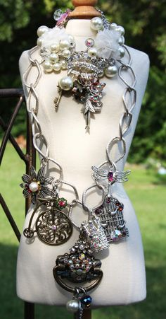 Old Fashioned Romance Necklace - Direct Link http://shelbilavender.com/necklaces-2/003-6/