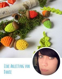 Crochet Pattern: Autumnal acorns and leaves - Diy & Crafts Trend Crochet Winter, Holiday Crochet, Christmas Sewing, Diy Christmas Ornaments, Ornament Drawing, Crochet Squares Afghan, Knitted Flowers, Crochet Leaves, Knit Basket