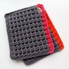 Modern crochet pot holders (Waffle stitch).