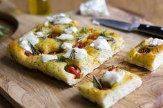 Focaccia with Cherry Tomatoes and Garlic Omelette, Frittata, Pesto, Cake Chevre, Savoury Baking, Nutrition, Cherry Tomatoes, Bruschetta, Ricotta