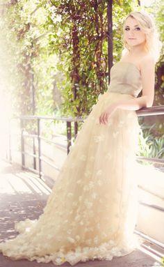 Evanna Lynch aka Luna Lovegood- awesome girl :)