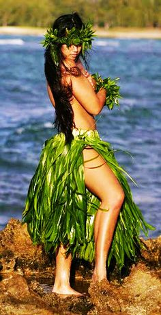 hula girl by the ocean
