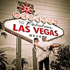 Simplifying Las Vegas - Weddings #lasvegaswedding #marryinvegas #destinationwedding #vegasweddingchapel