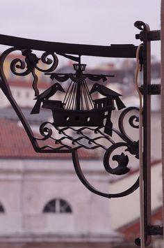 ...Os corvos, um dos símbolos de Lisboa