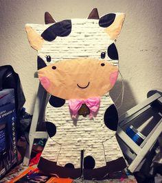 Vaca yipi hey piñatas Cow Birthday, Wild One Birthday Party, First Birthday Parties, Birthday Party Themes, First Birthdays, Baby Event, Second Birthday Ideas, Cowgirl Party, Farm Party