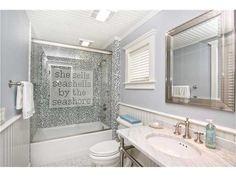 Del Mar California Beach House bathroom