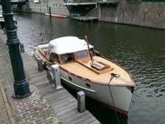 Steam Boats, Classic Wooden Boats, Classic Sailing, Deck Boat, Cabin Cruiser, Boat Fashion, Old Boats, Boat Interior, Flying Boat