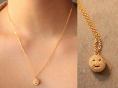 Check out this item in my Etsy shop https://www.etsy.com/listing/255413381/24k-gold-plated-happy-face-necklace-2