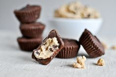 Chocolate Chip Cookie Dough Peanut Butter Cups I howsweeteats.com