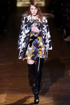 Carven - Abstract floral