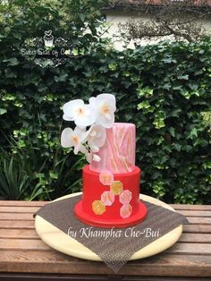 Birthday Cake for my Mom by Sweet Side of Cakes by Khamphet