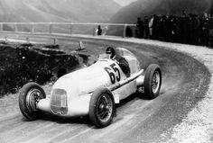 Rudolf Caracciola-Mercedes W 25-Klausen Pass-1934