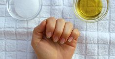 Finger und Nägel sind oft strapaziert. Mit diesen natürlichen Mitteln kannst du sie leicht pflegen!