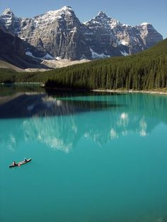#Daydream: Moraine Lake, Banff National Park http://yhoo.it/1trXxM6