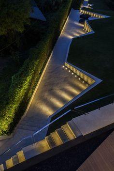 TROP-Pause-Court+Lawn-Hill-27 « Landscape Architecture Works | Landezine