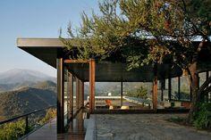Elegant and clean design of Camino A Farellones - Decoist