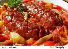Pikantní špekáčky na paprikách recept - TopRecepty.cz Czech Recipes, Ethnic Recipes, New Menu, Appetisers, Main Meals, Pot Roast, Meatloaf, Bon Appetit, Food Videos