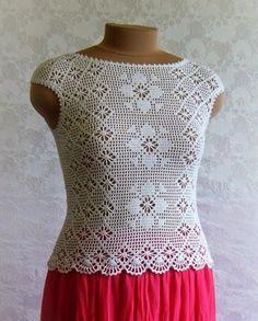 Crochet Halter Tops, Blouse Au Crochet, Débardeurs Au Crochet, White Crochet Top, Black Crochet Dress, Crochet Crop Top, Crochet Woman, Cotton Crochet, Crochet Cardigan